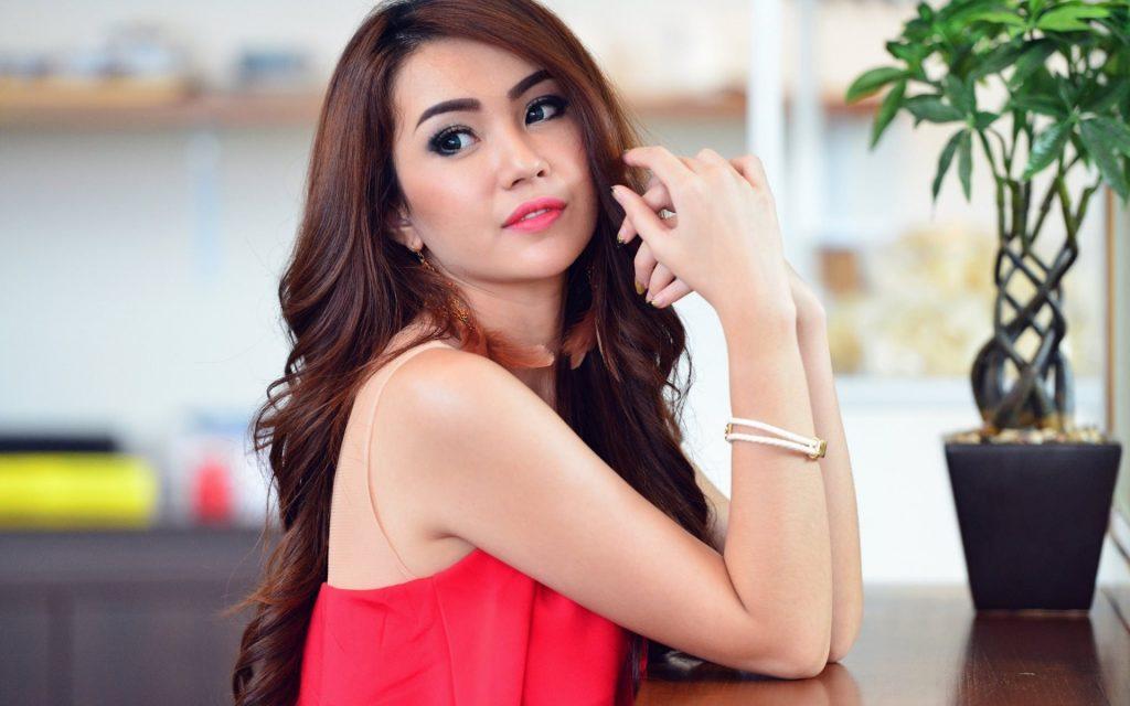 Singapore Brides2